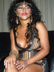 Ebony celebrity Lil Kim nude and oops..