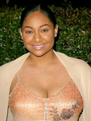 Ebony celebrity Raven-Symone nude and oops pics