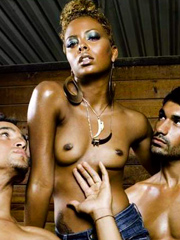 Ebony celebrity Eva Pigford nude and oops pics