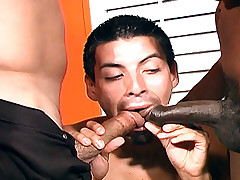 Ethnic dude suck two huge black cocks at once
